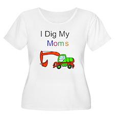 Dig my Lesbian Moms T-Shirt