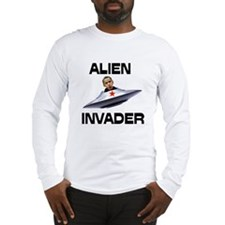 ALIENS ATTACKING US Long Sleeve T-Shirt