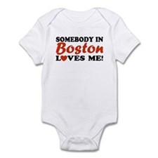 Somebody in Boston Loves Me! Infant Creeper