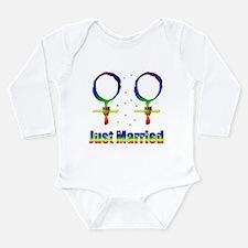 Just Married Lesbians Long Sleeve Infant Bodysuit
