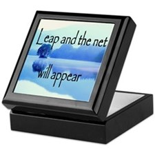 Leap and the net will appear Keepsake Box