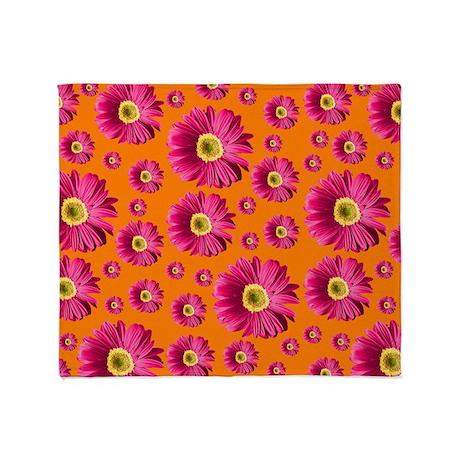 Pop Art Fuchsia Daisy Throw Blanket