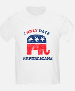 I only date Republicans distr T-Shirt