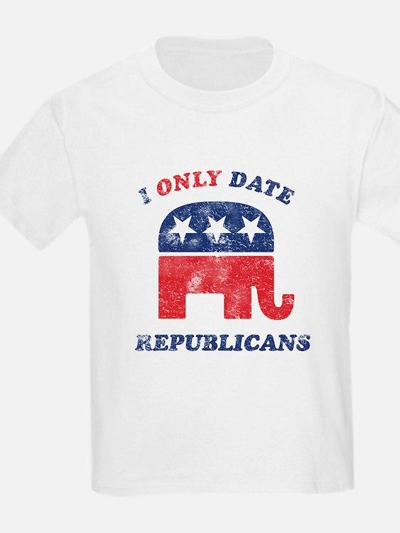 I only date Republicans distr T-Shirt