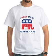 I only date Republicans distr Shirt