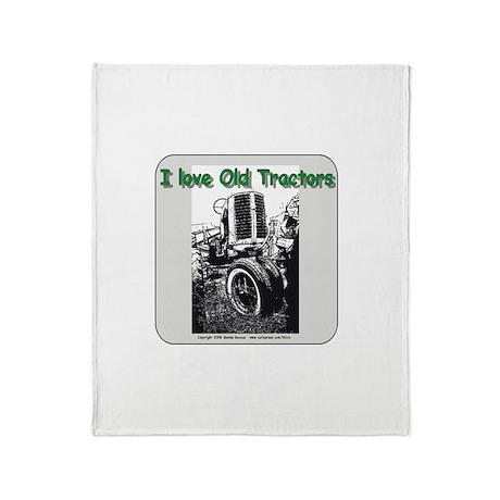 I Love old Farmall tractors Throw Blanket