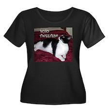 Kitty Who Tweeted Women's Plus Size Dark T-Shirt