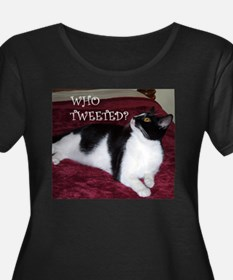 Kitty Who Tweeted Women's Plus Size Dark T-Shirt