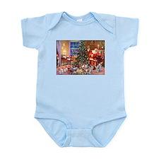 SANTA CLAUS ON CHRISTMAS EVE Infant Bodysuit