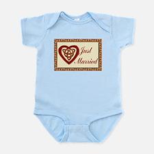 Celtic Heart Wedding Set Infant Bodysuit