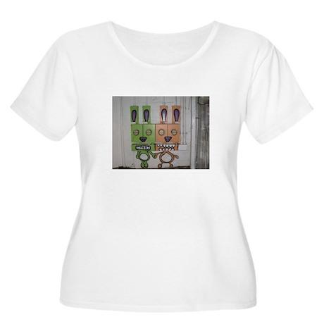 Robots Women's Plus Size Scoop Neck T-Shirt