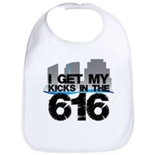 Kicks in the 616 Bib
