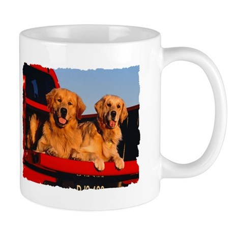 GOLDEN RETRIEVER PICKUP Mug