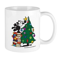 FELIX TOPPING THE TREE copy Mugs