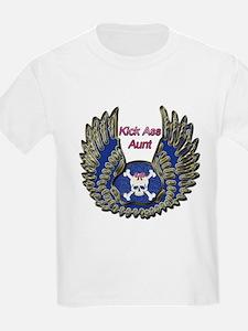 Funny Canadian girls kick ass T-Shirt