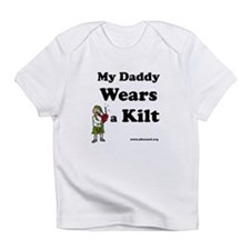"""My Daddy Wears a Kilt"" Creeper Infant T"