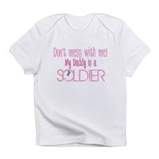 Don't mess with me - pink Infant T-Shirt
