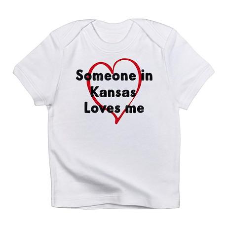 Loves me: Kansas Infant T-Shirt