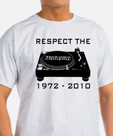respect the technic T-Shirt