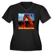 Moab, UT Women's Plus Size V-Neck Dark T-Shirt