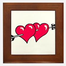 HEART & ARROW {10} : red Framed Tile