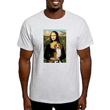 Mona and her Beagle Ash Grey T-Shirt