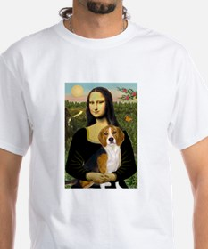 Mona and her Beagle Shirt