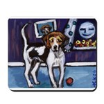AMERICAN FOXHOUND smiling moo Mousepad