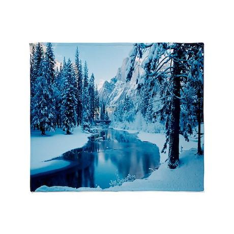 Winter Mountain Scenery Throw Blanket