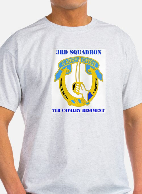 DUI - 3rd Sqdrn - 7th Cavalry Regt with Text T-Shirt