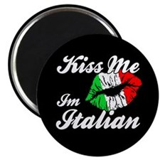 Kiss Me - Italian Magnet
