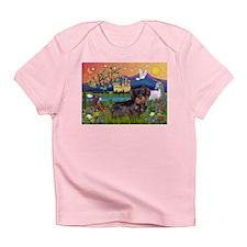 Fantasy Land / Dachshund (WH) Infant T-Shirt