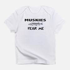 fish fear me Infant T-Shirt