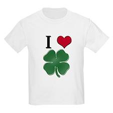Many... Many... SHAMROCKS!! T-Shirt