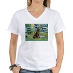 Bridge / Labrador (Choc) Women's V-Neck T-Shirt