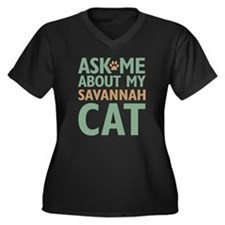 Savannah Cat Women's Plus Size V-Neck Dark T-Shirt