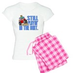 Still Playin' in the Dirt Women's Light Pajamas
