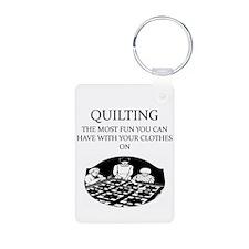 i love quikting Keychains