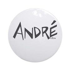 André Ornament (Round)