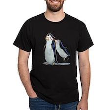 pEnGuIn KiSs Black T-Shirt