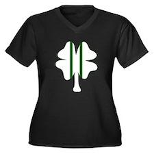 Racing Clover Women's Plus Size V-Neck Dark T-Shir
