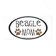 Beagle Mom Oval Aluminum License Plate