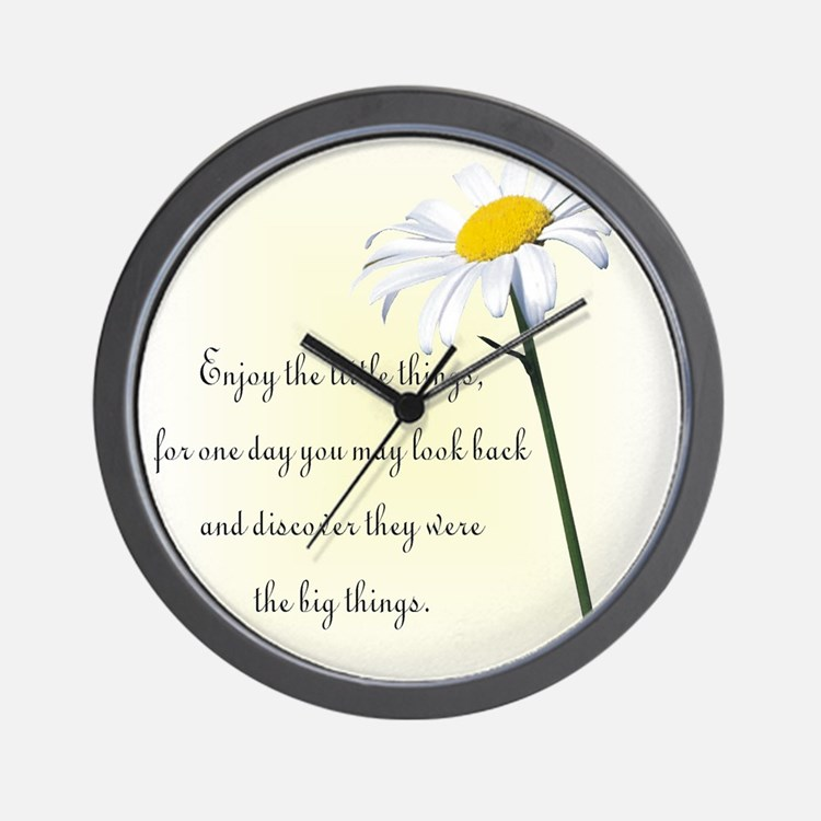 Cute Daisy Wall Clock