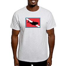 32453922 T-Shirt