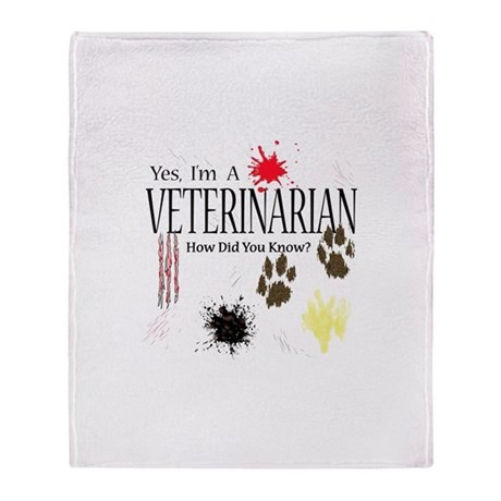 Yes I'm A Veterinarian Throw Blanket