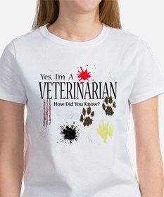 Yes I'm A Veterinarian Tee