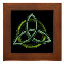 Triquetra Green Framed Tile