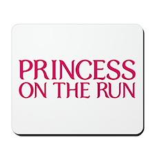 Princess on the run Mousepad