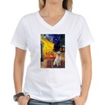 Cafe-Yellow Lab 7 Women's V-Neck T-Shirt