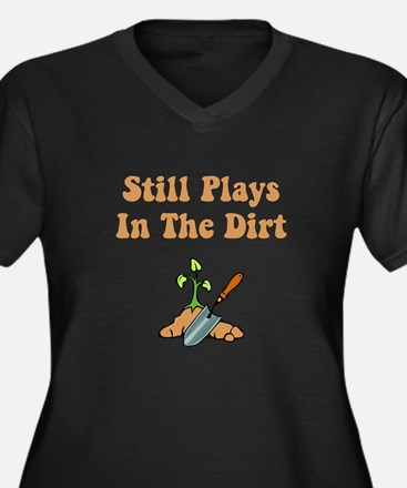 Still Plays In The Dirt Women's Plus Size V-Neck D